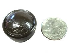 "1936 RCA series ""World"" Tuning Knob: click to enlarge"